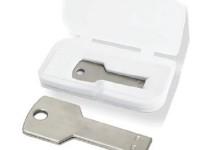 USB ključ v darilni embalaži